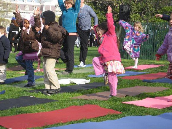 kids yoga practice