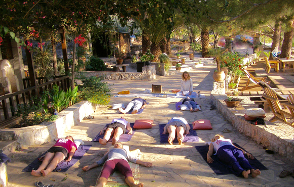 Yoga Nidra: The Conscious Dynamic Sleep for Deep Meditation