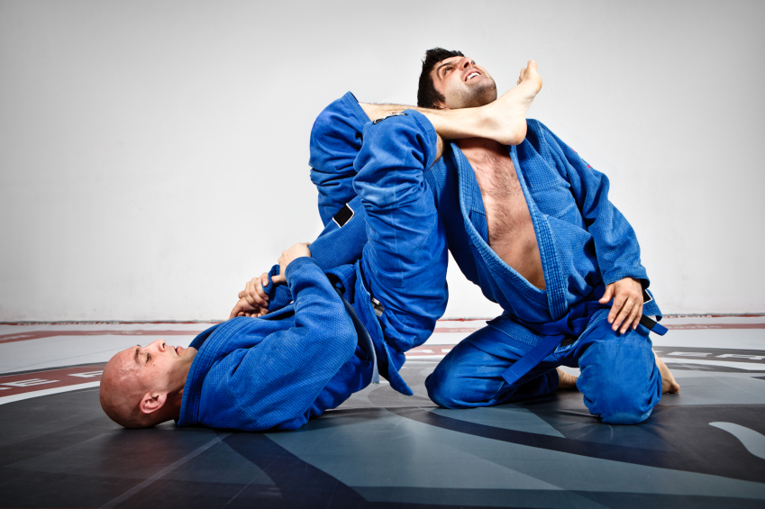 Brazilian Jiu-Jitsu uses moves that consist of chokes, hold, locks and joint manipulations