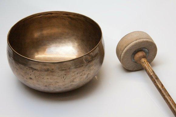singing-bowl-185211_1280.jpg