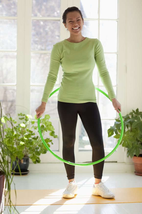 woman doing hoola hoop
