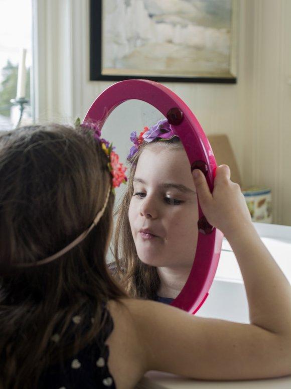 mirror kid