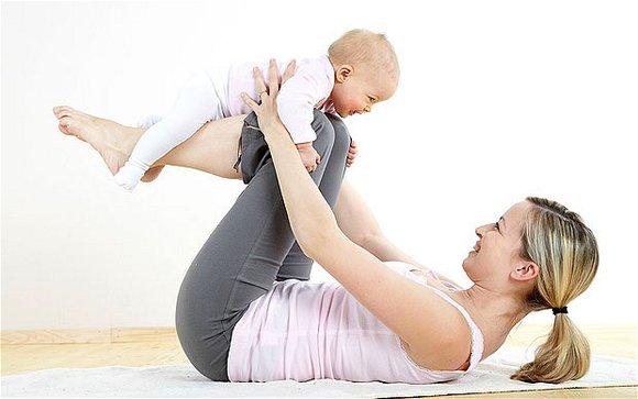 acro yoga baby