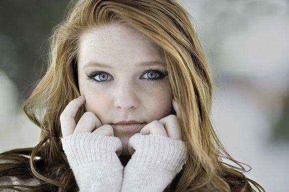 Face Yoga: 8 Facial Exercises to Keep Your Skin Fresh